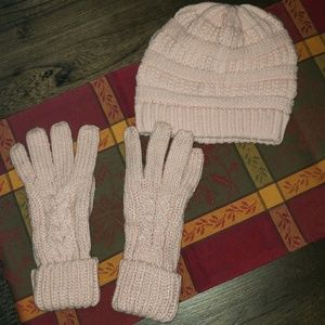 New Faded Glory Teaxtured Beanie & Glove Set